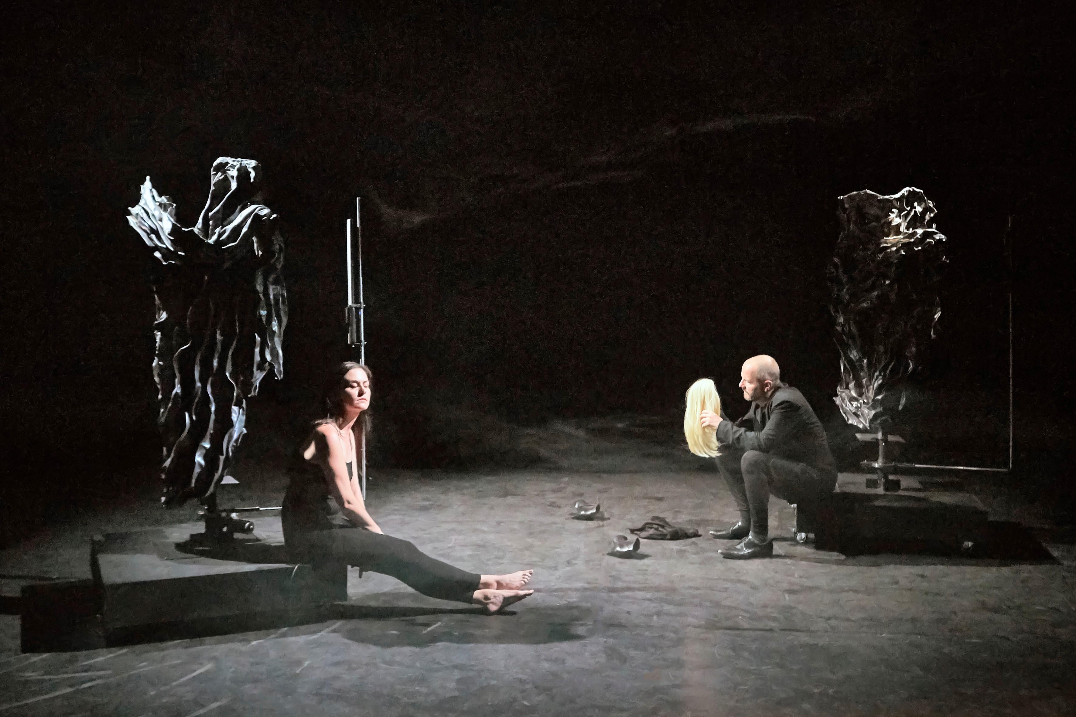 Die Hamletmaschine / tt-Theaterproduktion
